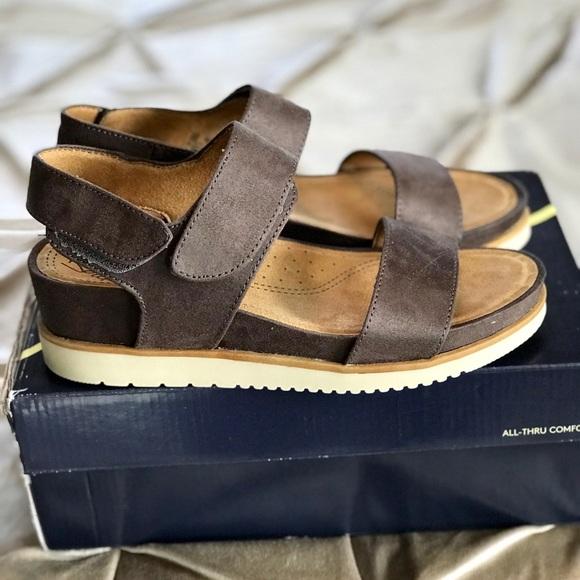3e5814829852 Natural Soul Shoes
